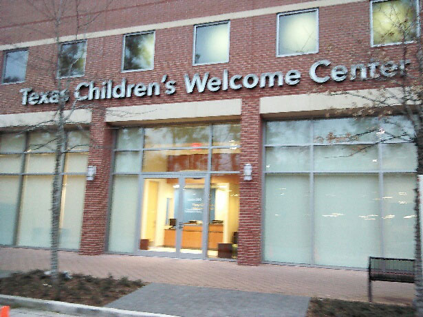 """""""Welcome Center"""" in Woodlands opens ahead of new area hospital"""