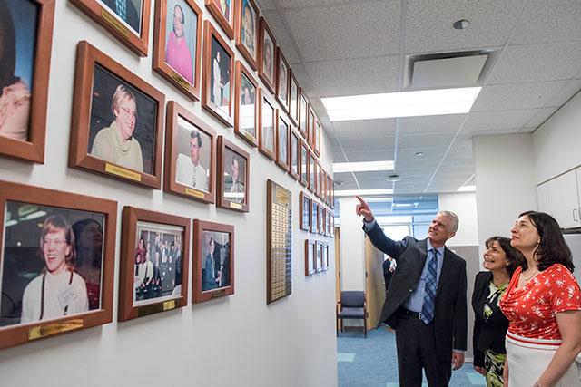 World renowned epileptologist, colleagues visit Texas Children's Hospital