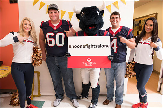 Houston Texans visit Cancer Center patients