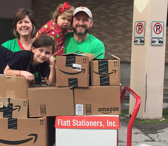 Family thanks Texas Children's with book donation