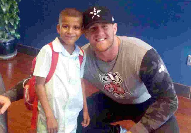 J.J. Watt gives Texas Children's patient reason to smile