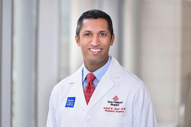 Shah awarded Denton A. Cooley Fellowship in Surgical Innovation award