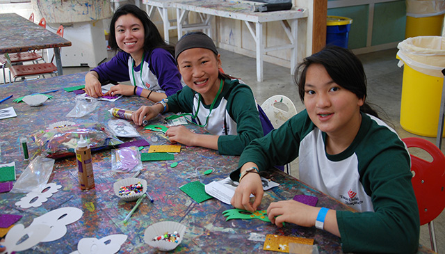 Help make Camp Keep Smiling a success by becoming a camp volunteer