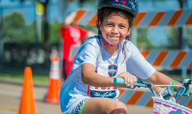 Chance for free registration to Houston Texans Kids Triathlon