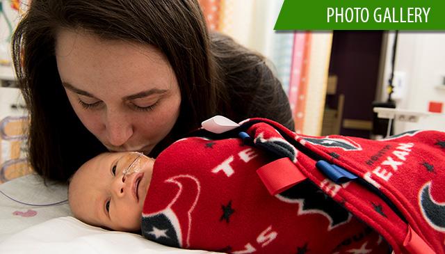 Texas Children's Hospital patients celebrate #TexansFriday