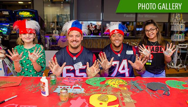 Houston Texans visit Radio Lollipop