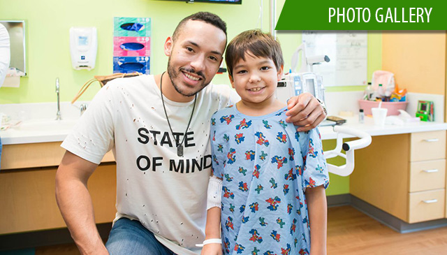 Astros' Correa pays holiday visit to patients in The Woodlands